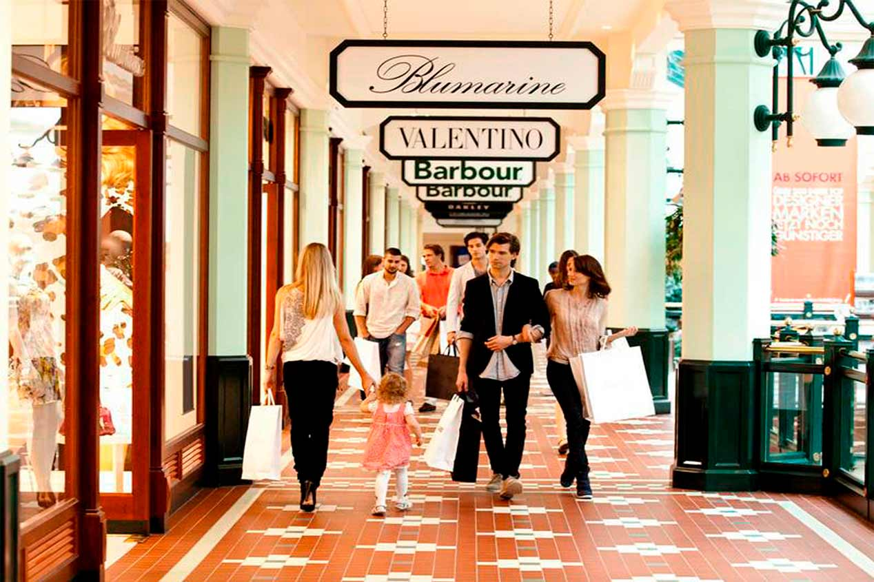 Shopping in Italy